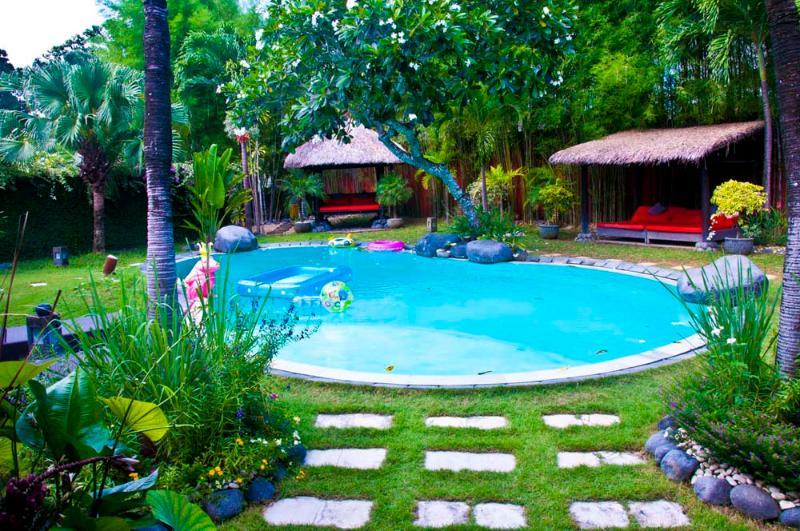 beautiful villa 3 rooms on a plot 1000 m2 to umalas - Image 1 - Seminyak - rentals