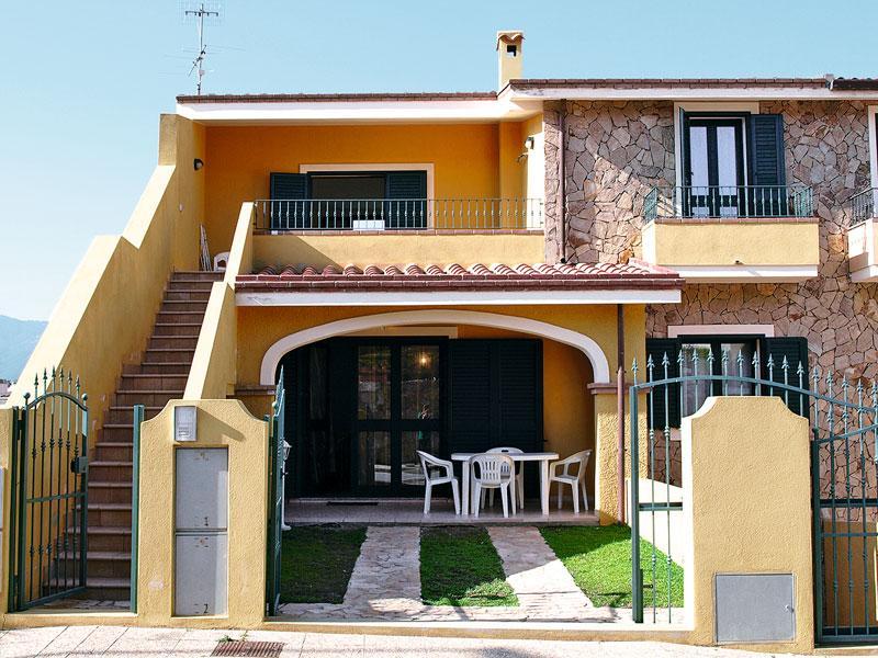 Villasimius Appartamento per Vacanze - Image 1 - Nuxis - rentals