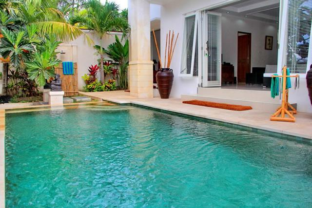 Swimming Pool - AMAZING BEACHSIDE LOCALE AND INCREDIBLE VALUE - Seminyak - rentals