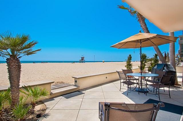 Patio & View - 4305 Seashore Drive- Lower 4 Bedroom 2 Baths - Newport Beach - rentals