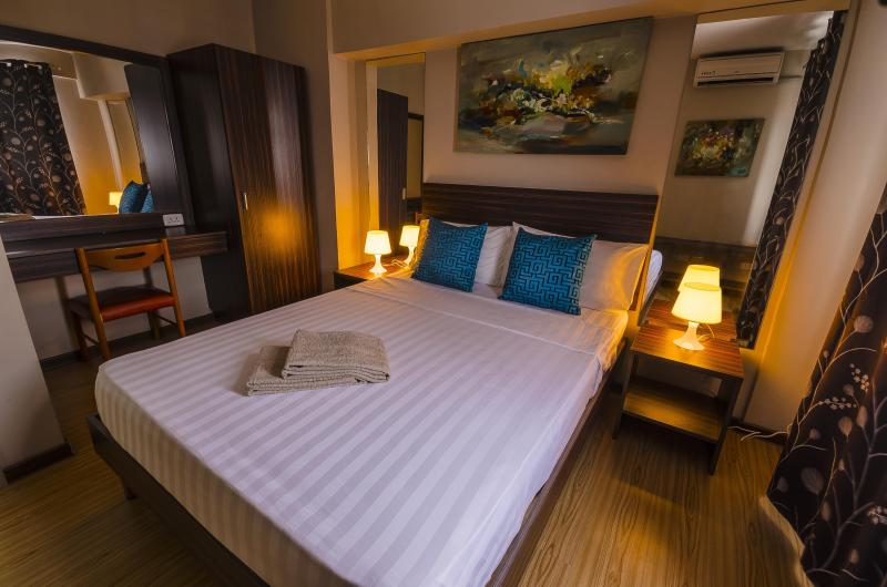 FEEL AT HOME IN OUR SPACIOUS 2 BEDROOM LOFT - Image 1 - Mandaluyong - rentals