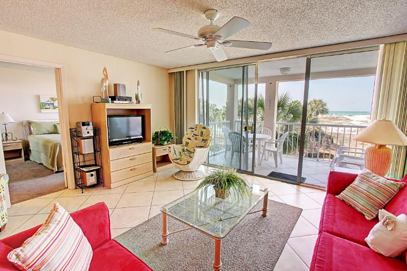 Magnolia House 210-2BR/2BA-BeachSVC-AVAIL 9/7-9/12*Buy3Get1Free8/1-10/31* BeachFront - Image 1 - Destin - rentals