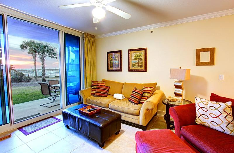 Waterscape 103-B - 15% OFF Stays 4/11-5/15! 2BR/2.5BA Ground Floor Patio with Gulf Views on Okaloosa - Image 1 - Fort Walton Beach - rentals
