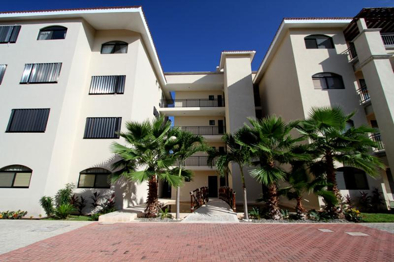 Torre Turquesa - Peaceful and Quaint 2BR Condo - best pool in town - Puerto Aventuras - rentals