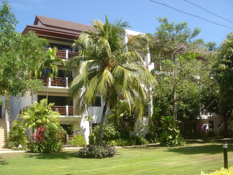THE SANDS at Nai Harn Beach Phuket 2 bedroom apt. - Image 1 - Nai Harn - rentals