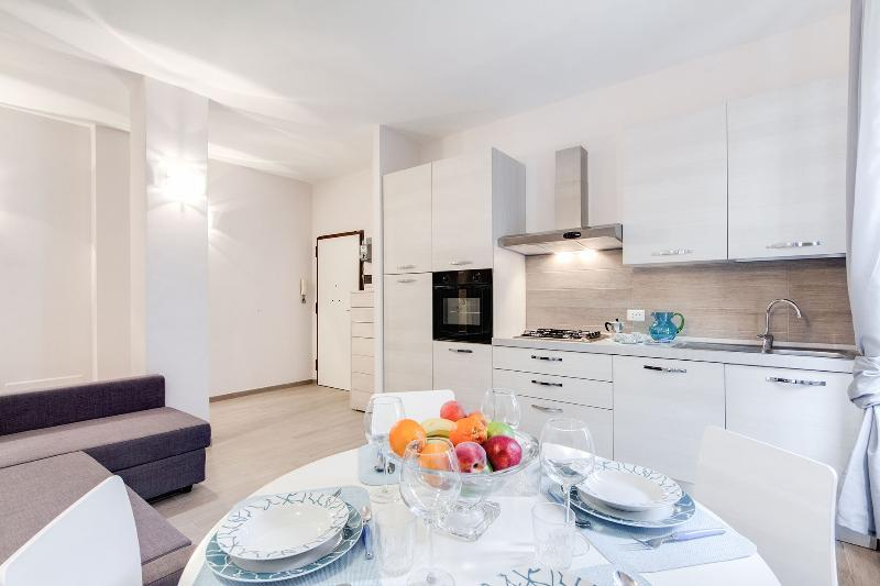 Vacanze Romane Guest House - Image 1 - Rome - rentals