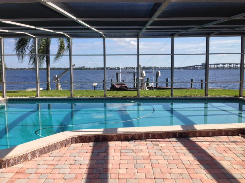 Breathtaking River Views - Casa Del Rio, Tropical Resort,River View,Pool&Dock - Cape Coral - rentals