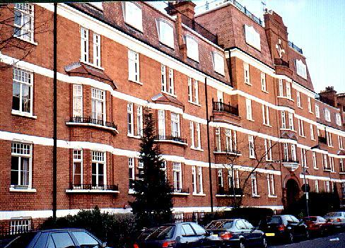 Flat Building - Bright, Cheerful Comfortable 2 Bed Kensington Flat - London - rentals