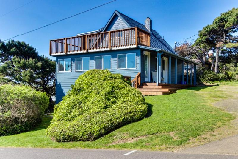 Beautiful home with ocean views and huge private deck! - Image 1 - Florence - rentals