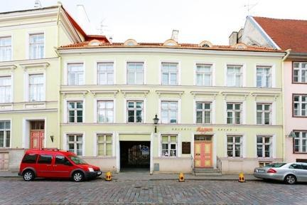 1-bedroom apartment in the Medieval Old Town of Tallinn - Image 1 - Tallinn - rentals