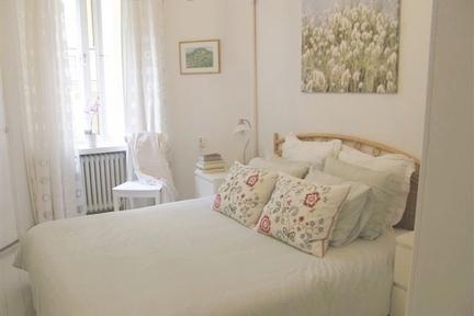 Elegant apartment in historic Helsinki neighborhood - Image 1 - Helsinki - rentals
