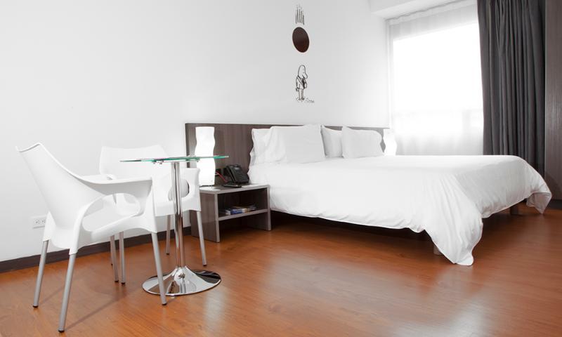 Modern 2 Bedroom Apartment in Chapinero Alto - Image 1 - Bogota - rentals