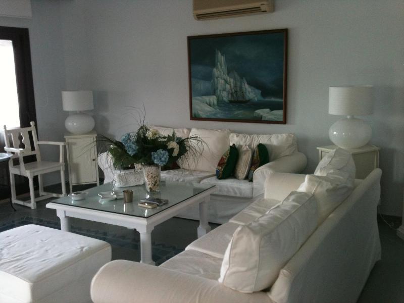 Living Room - BODRUM-TURKBUKU - Golturkbuku - rentals