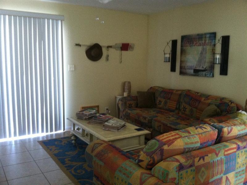 Living room / sleeper sofa - Beach Cabin in Miramar Beach, Florida - Miramar Beach - rentals