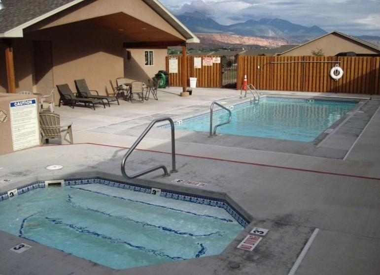 Pool, Hot Tub and Rec Room with Ping Pong - 7th Night Free - Moab's Best Vacation Rental! - Moab - rentals