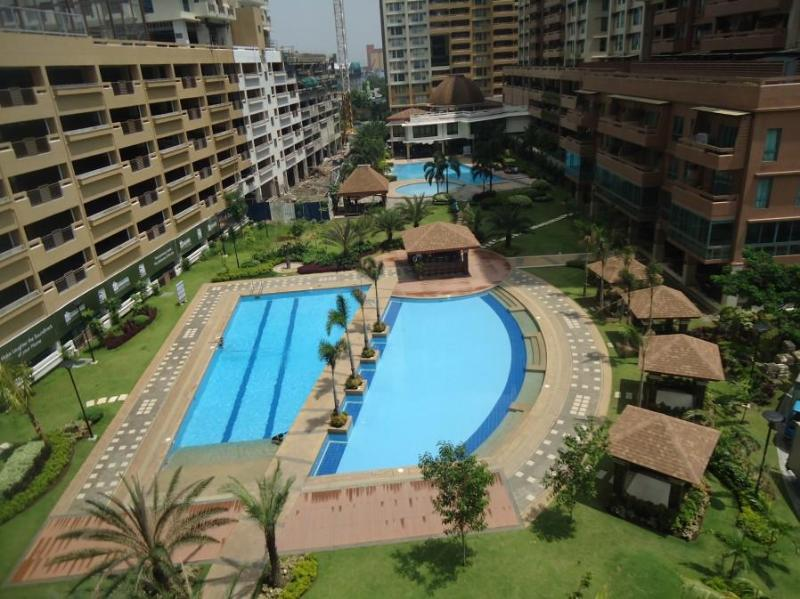 3BR Apt: Resort Style Residential Complex - Image 1 - Makati - rentals