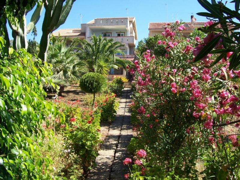 vacation home  from garden wiew - Apartment beach front Sciacca Sicily - Sciacca - rentals