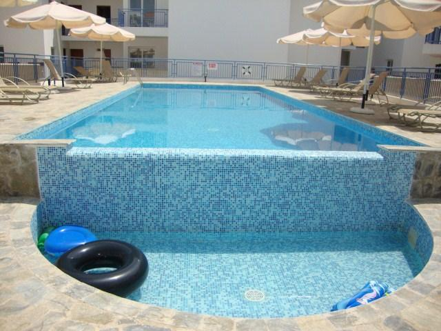 3 Bed House Roof Garden Heated Jacuzzi Large Pool - Image 1 - Argaka - rentals