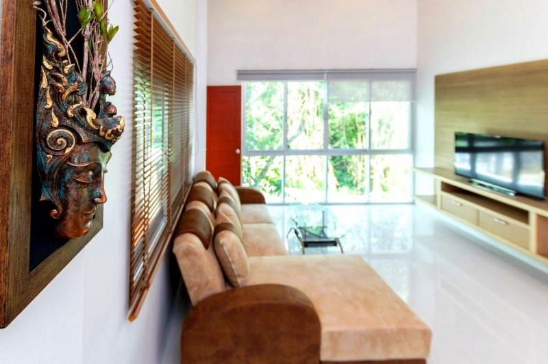3 BR - Big luxury pool villa huge garden in Naiharn - Image 1 - Sao Hai - rentals
