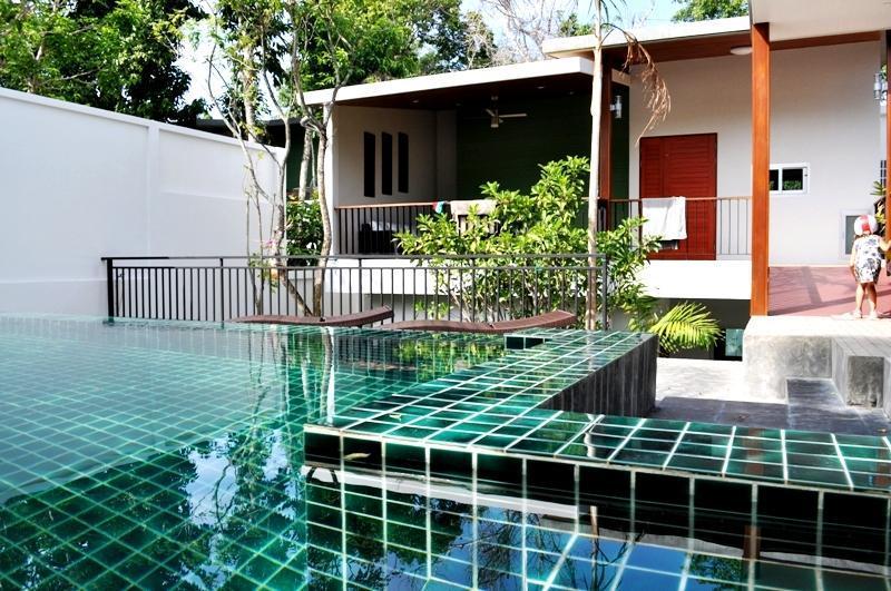 3 BR - Luxury pool villa with nice garden in Naiharn - Image 1 - Sao Hai - rentals