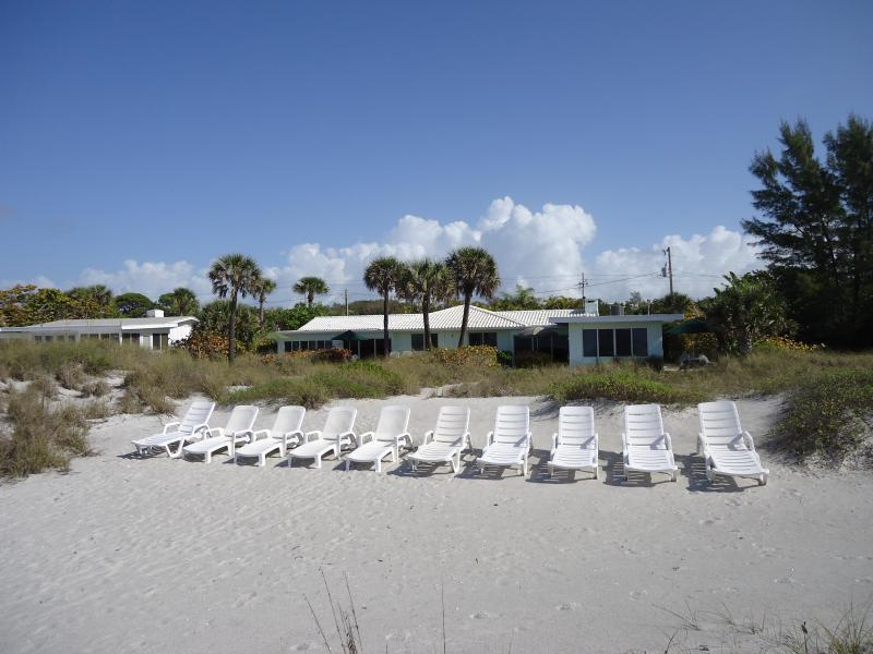 Choose your weapon and put on your sun screen - Beachfront Longboat Key Studio #1 - Longboat Key - rentals