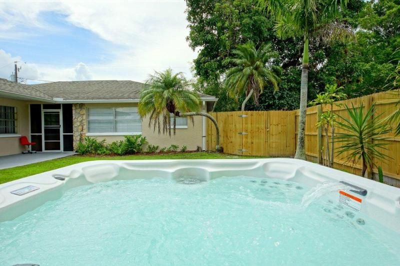 BeachSunny - Image 1 - Fort Myers Beach - rentals