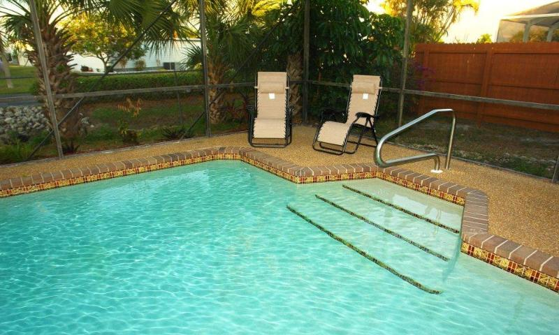 Pool 30' x 15' - BeachSand - Fort Myers - rentals