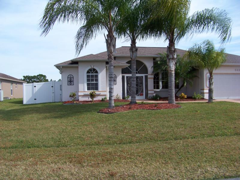 FRONT OF HOUSE - Single Family Home Like New, Heated Pool Gazebo - Port Saint Lucie - rentals