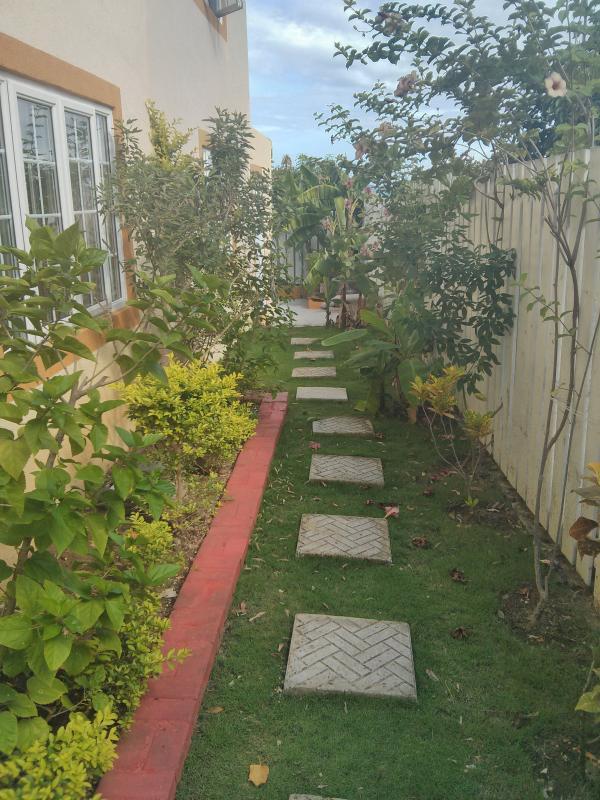 Garden - Gardenia @ the Country Club - Kingston - rentals