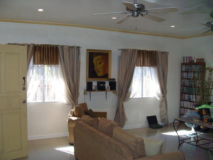 large living room - Exclusive Private Home - Mabalacat - rentals