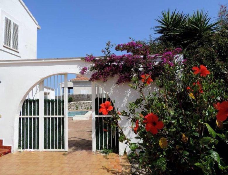 Menorcan Apartment Bay views - Image 1 - Es Castell - rentals