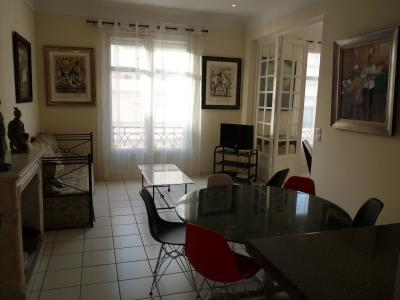 The light and spacious living area - Miramar Oustanding 2 Bedroom Vacation Home in Cannes - Cannes - rentals