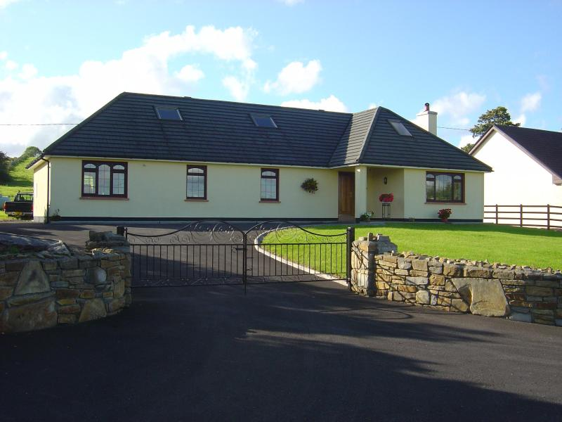 CASHEL VIEW - Cashel View  Centrally located countryside home, Open Fire etc. - Castlebar - rentals