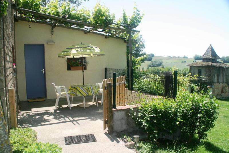 Lavalade is a lovely cottage in a rural setting. - Image 1 - Molieres - rentals