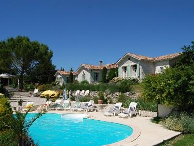 Large Luxury Villa with heated pool, spa and sauna - Large Luxury Villa With Private Heated Pool, Jacuzzi & Sauna For Up To 25 People - Rouffignac-de-Sigoules - rentals