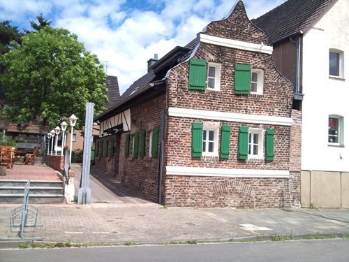 Vacation Apartment in Leverkusen - quiet, central, renovated (# 4842) #4842 - Vacation Apartment in Leverkusen - quiet, central, renovated (# 4842) - Leverkusen - rentals