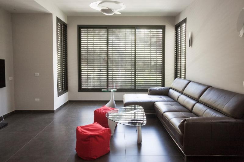 Luxury Apartment Frishman Gordon - Image 1 - Tel Aviv - rentals