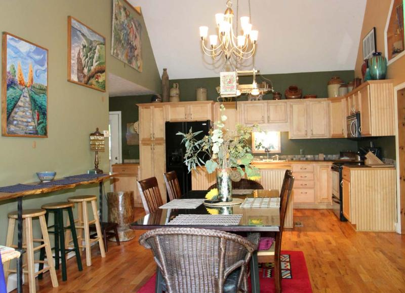 Our dining room and kitchen , heart of the home. - Heavenly Home in the heart of the High Country NC - Boone - rentals