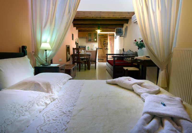 Traditional Apartment in Heraklion - Image 1 - Heraklion - rentals