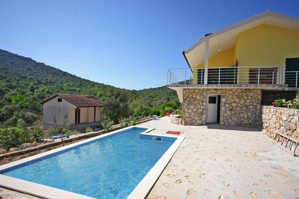Beautiful villa with pool near Split, Croatia - Image 1 - Vinisce - rentals