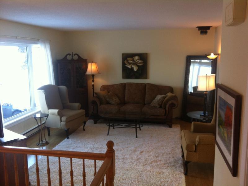 Living Room - 2 Bedroom Main Floor Apartment - Torbay - rentals