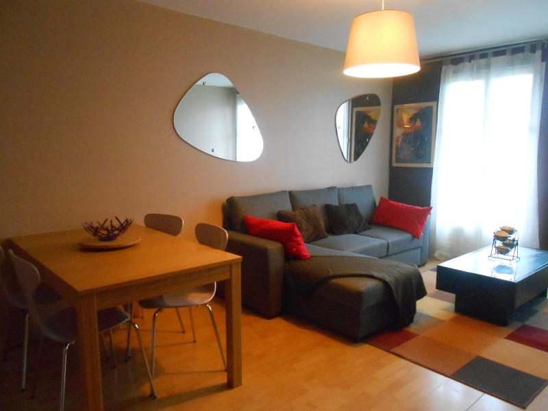 2 bedroomed apartment Next to Disneyland Paris - Image 1 - Bailly-Romainvilliers - rentals