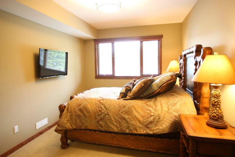 The Canmore Place Condo, Luxury in the Rockies - Image 1 - Canmore - rentals