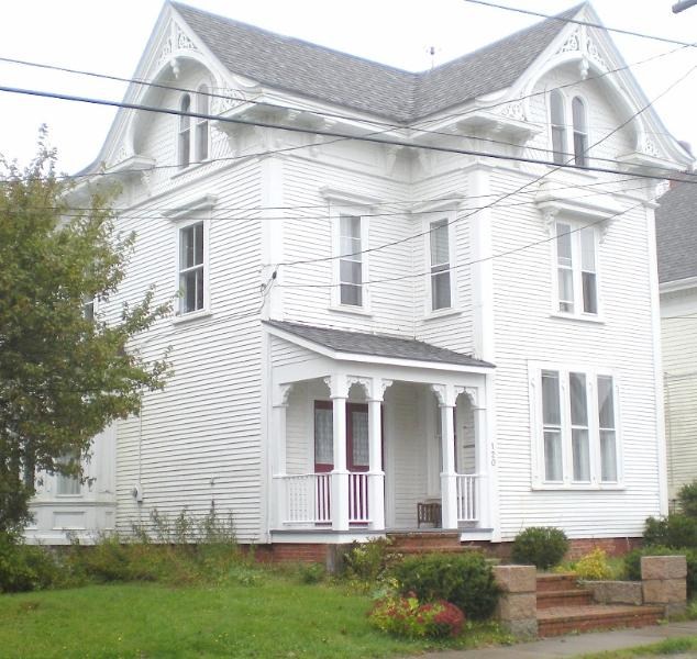Street Front - Grand Victorian Lady - Downtown Seaport Overlooking Passamaquoddy Bay - Eastport - rentals