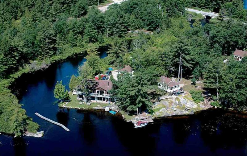 The Property - Muskoka - Tea Lake Cottages - The Loon - Muskoka - rentals