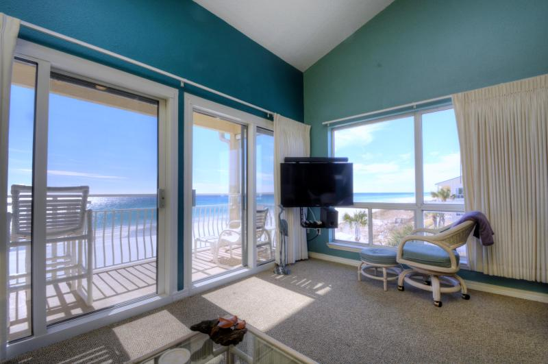Bliss: Living Room Couch  View - Destin Crystal Sands 314B/  270 Deg Panoramic View - Destin - rentals