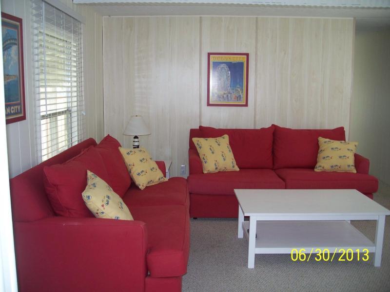 living room - Rental in Montego Bay in Ocean City Maryland - Ocean City - rentals