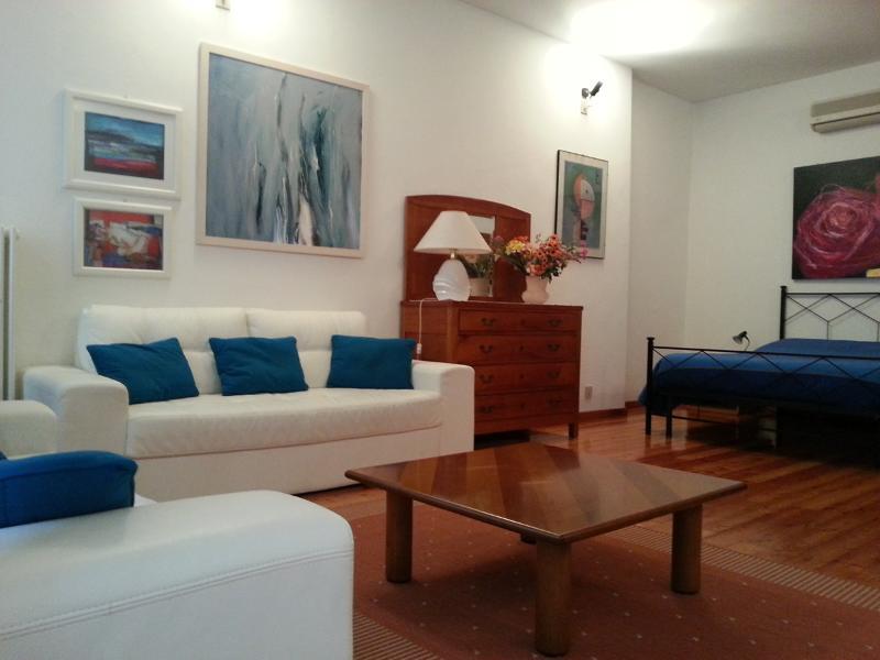 Soggiorno e zona notte - Padova Historic Centre Apartment  pedestrian area - Padua - rentals