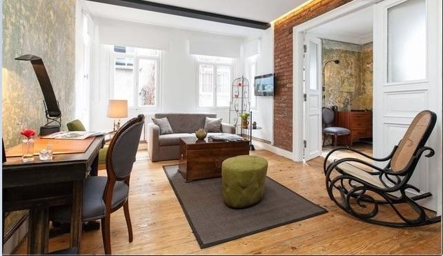 Livingroom - Best Location - Çukurcuma - 3BR & 2 BA Up to 10 - Istanbul - rentals