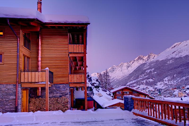 Winter - Chalet Castor- freestanding, independent, hot tub - Zermatt - rentals